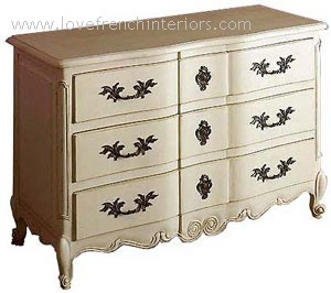 Bow Fronted 3 Drawer Chest